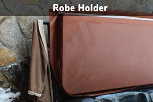 robeHolder